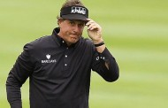 Phil Mickelson Makes Big Move, Gets Within One At AT&T