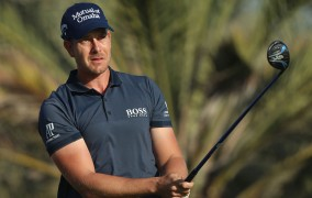Stenson Knocked Out Of Barclays By Knee Issue