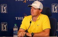 Rory McIlroy Aggravates Old Rib Injury