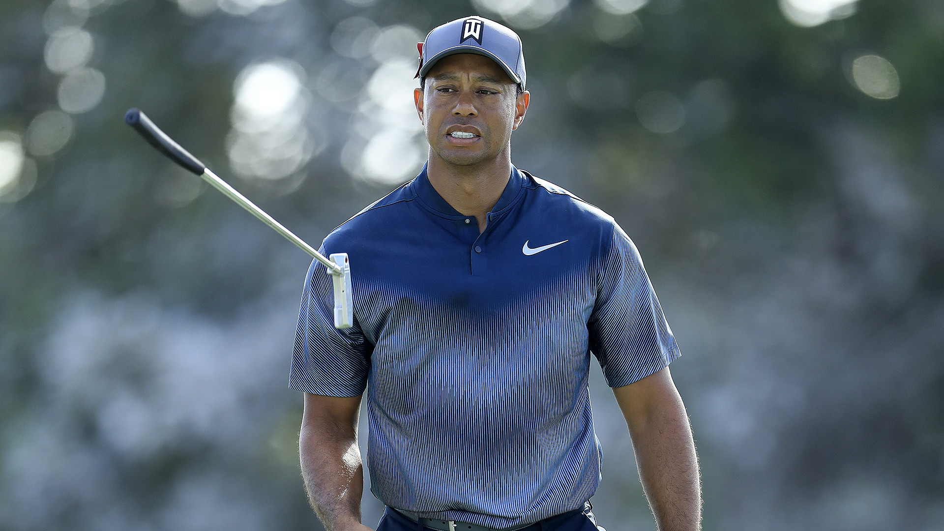 Tiger Woods Breaks 70  --  900 Days Later