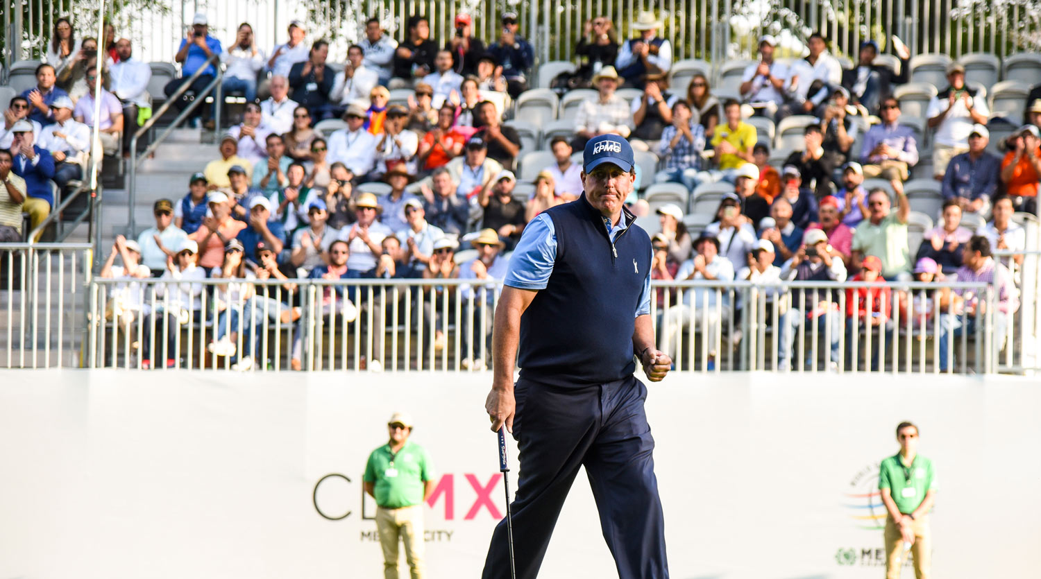 WGC-Mexico Crowds Show Americans How It's Supposed To Sound