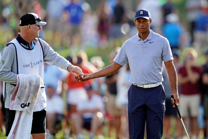 Tiger Woods Suffers Water Disaster At The 17th