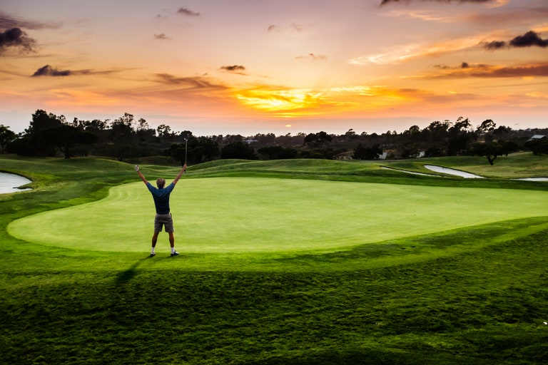 Discover The Pure Joy Of Some Solo Golf