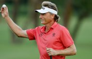 Langer Has Irwin's 45 Senior Wins Within His Reach
