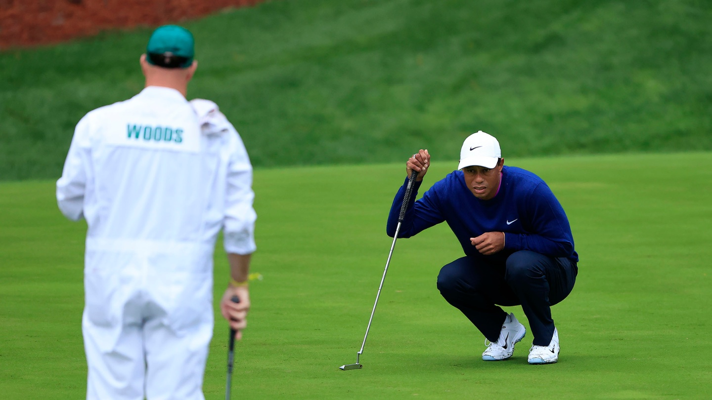 Tiger Woods Shows Wear And Tear From A Long Day