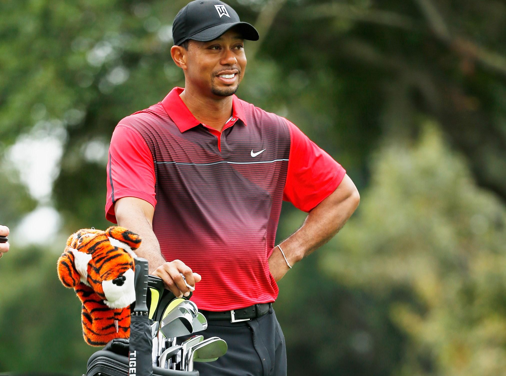 Tiger Woods' HOF Induction Delayed Until 2022