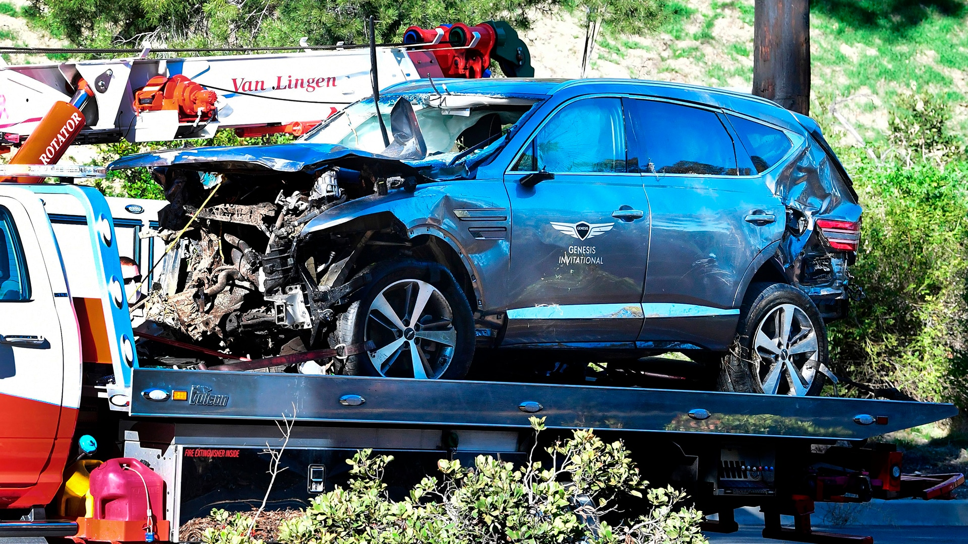 Tiger Woods Seriously Injured In Early Morning L.A. Car Wreck