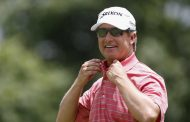 David Toms (Finally) Gets Second Champions Tour Victory
